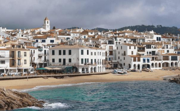 西班牙房价多少钱平方,巴塞罗那房价如何?