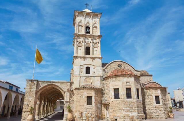塞浦路斯购房移民项目优势是什么?