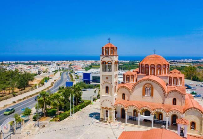 塞浦路斯购房移民政策新政,专家为你解读其中原因!