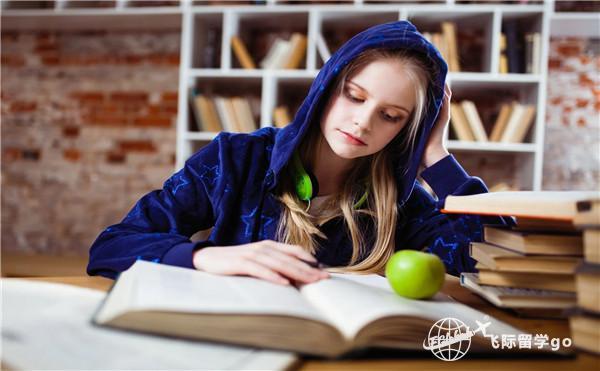 美国中学留学要求