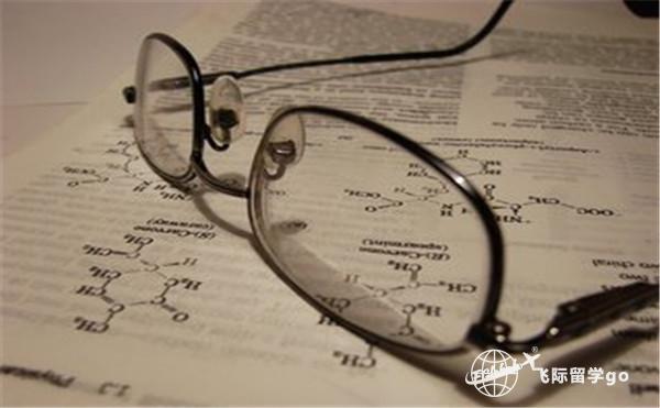 美国高中留学申请流程。
