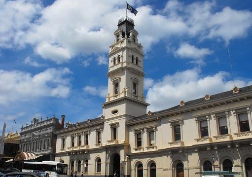 澳大利亚联邦大学