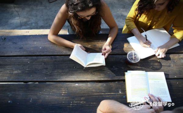 英国留学本科学生如何选择好的专业?