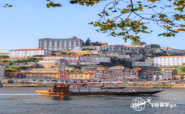 葡萄牙D7签证永居以及入籍条件是什么?1.jpg