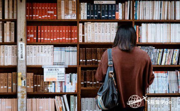 美国留学生一年多少钱